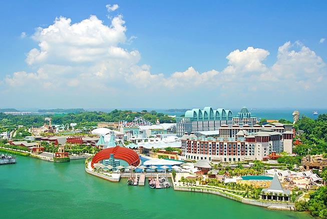 シンガポールのセントーサ島でテ...